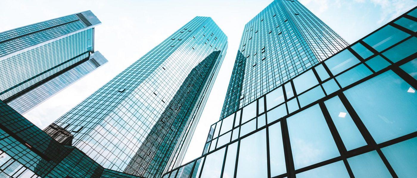 edificios tipo rascacielos